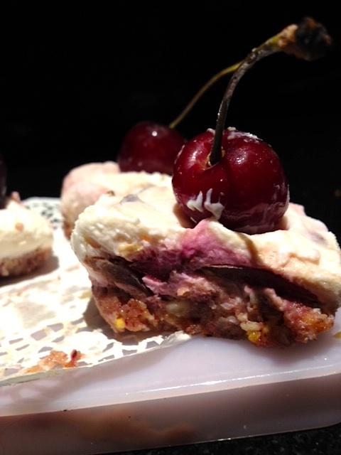 cherrycheesecakebites2